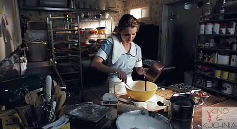 kelnerka-kino-kuchnia01